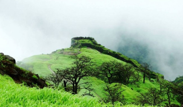 Rajmachi fort- Extraordinary Peace & Beauty !